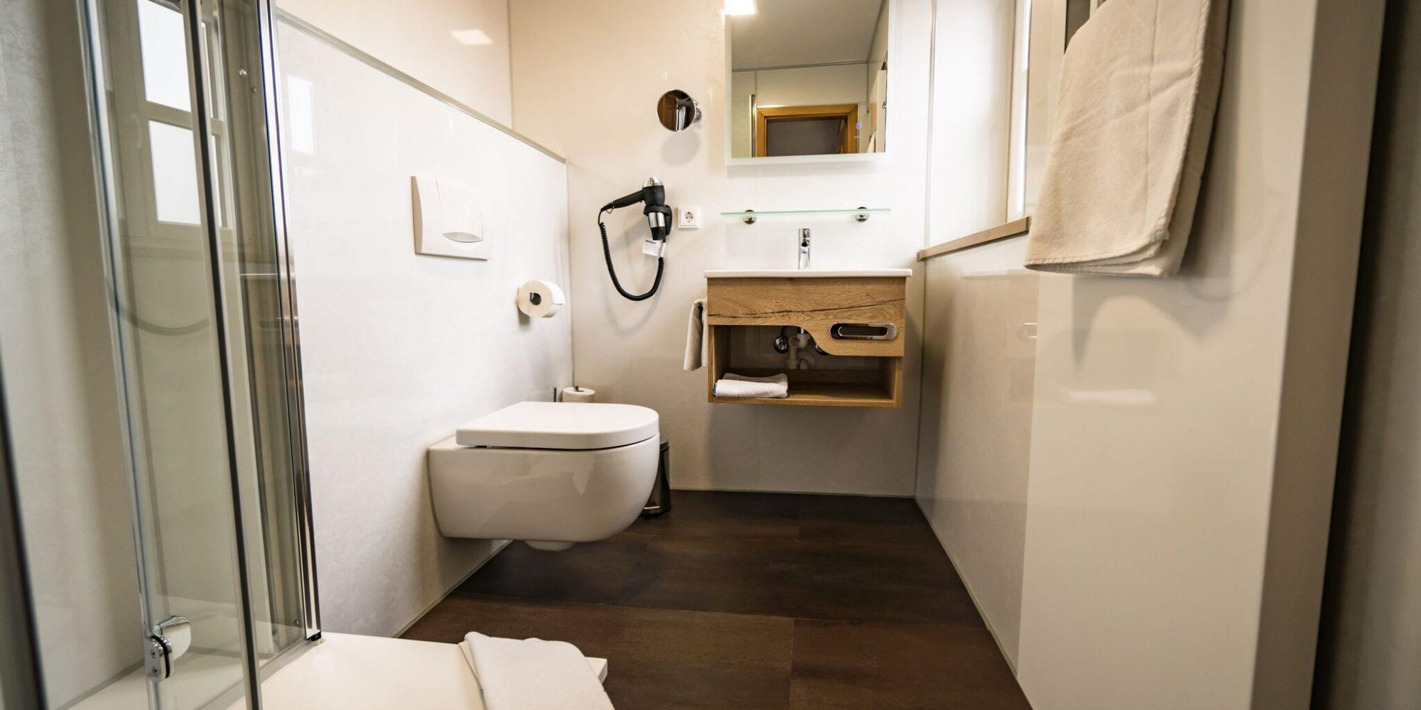 Badezimmer Gasthaus und Hotel Hohenester