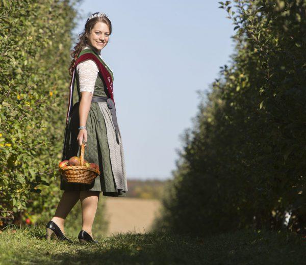 Apfelkönigin im Dachauer Land Sophie I.