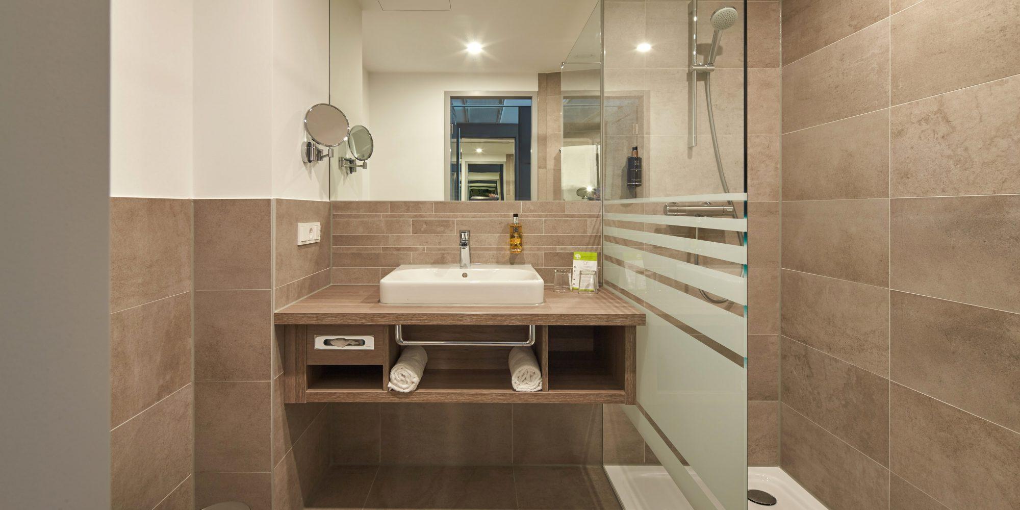 Hotel MODI Badezimmer